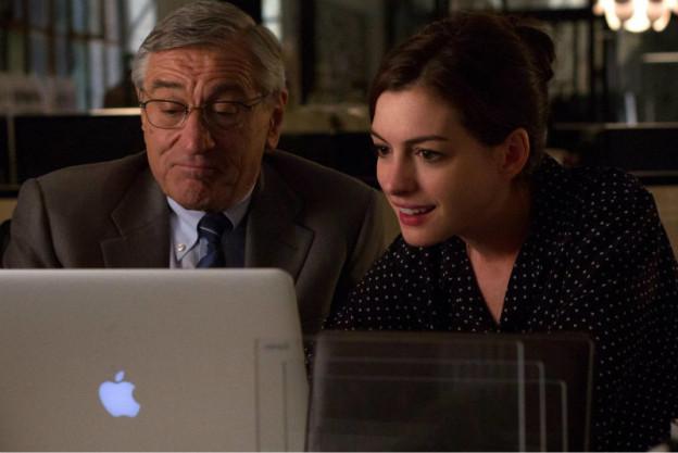 Robert De Niro and Anne Hathaway in 'The Intern'