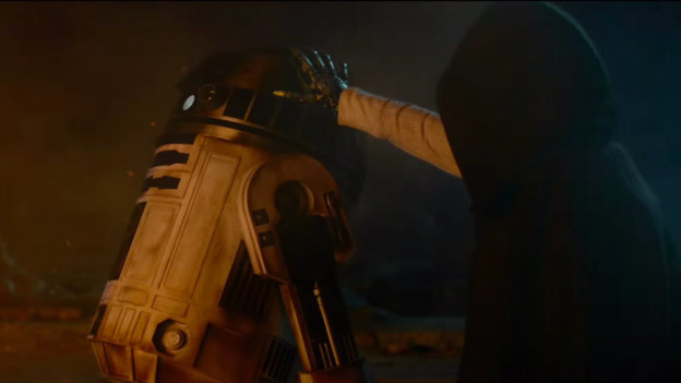 Jumpcut Video Review: 'Star Wars: Episode VII — The Force Awakens'